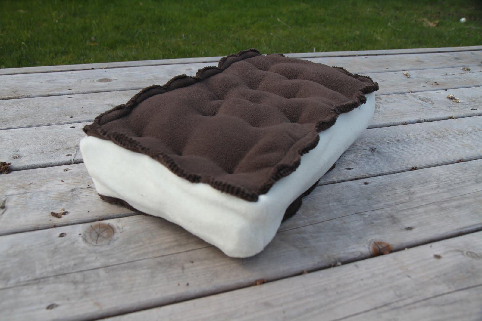 ice cream sandwich furniture. Ice Cream Sandwich Furniture. + Pillow \\u003d Tasty Comfort. Furniture W