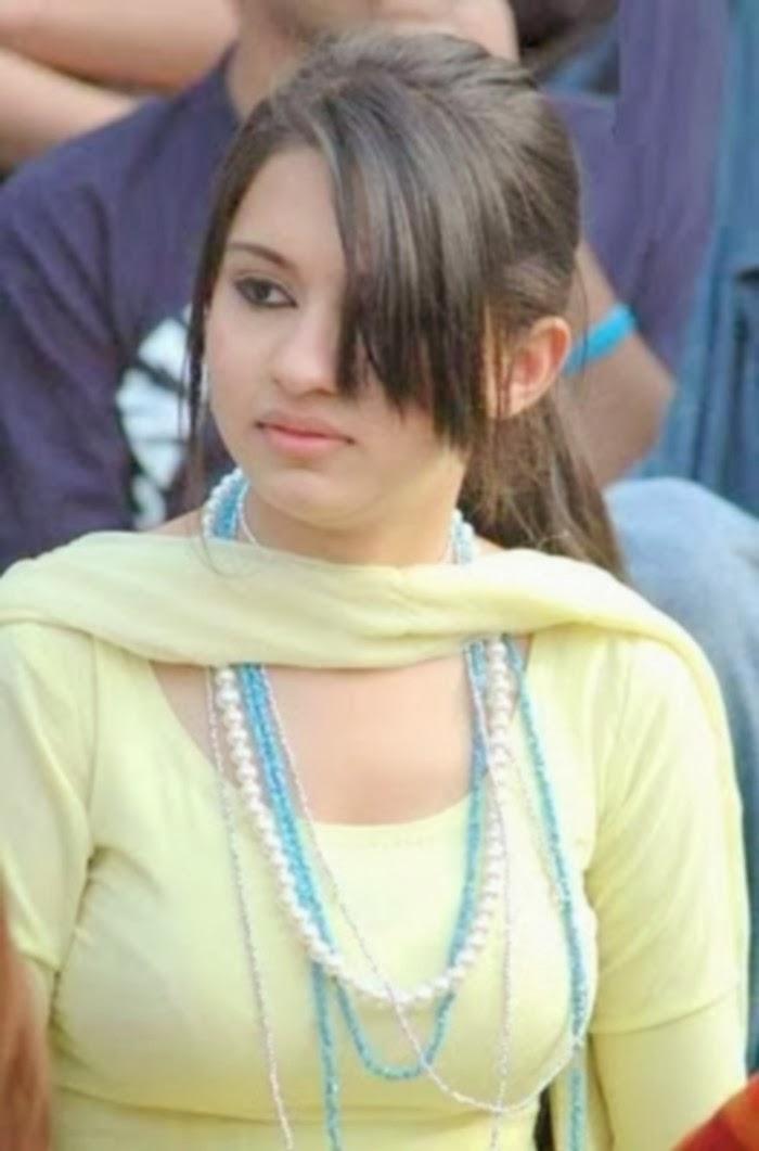 Beautiful+Pakistani+Girls+002