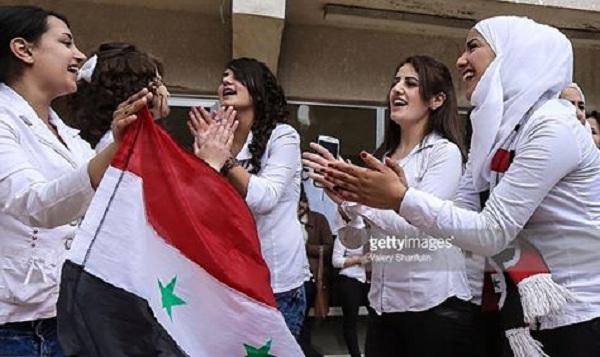 Οι εκλογές μετατράπηκαν σε γιορτή δημοκρατίας... Και η Ελλάδα βαφτίζει πρόσφυγες τους φυγόστρατους και τις συμμορίες.Ο λαός ψήφισε  Άσαντ