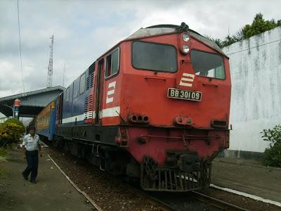 Dan Jadwal Keberangkatan Kereta Api Rapih Dhoho serta Kereta Penataran