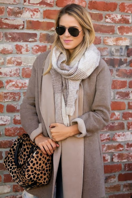 Perfect collection for fall with grey sweater scarf and hand bag
