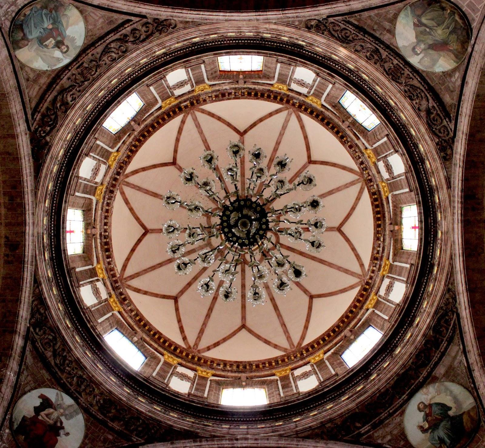 Jaime ramos m ndez interior de la c pula y candil de la for Catedral de zamora interior