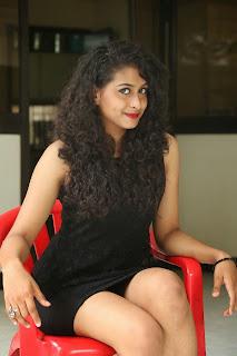 Nitya glamorous Pictures 025.jpg