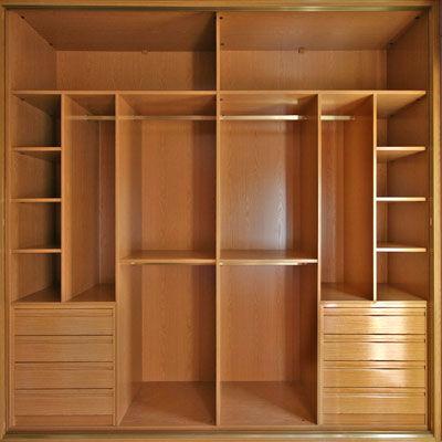 Proyecto uno interiores para vestidores for Interiores de placard