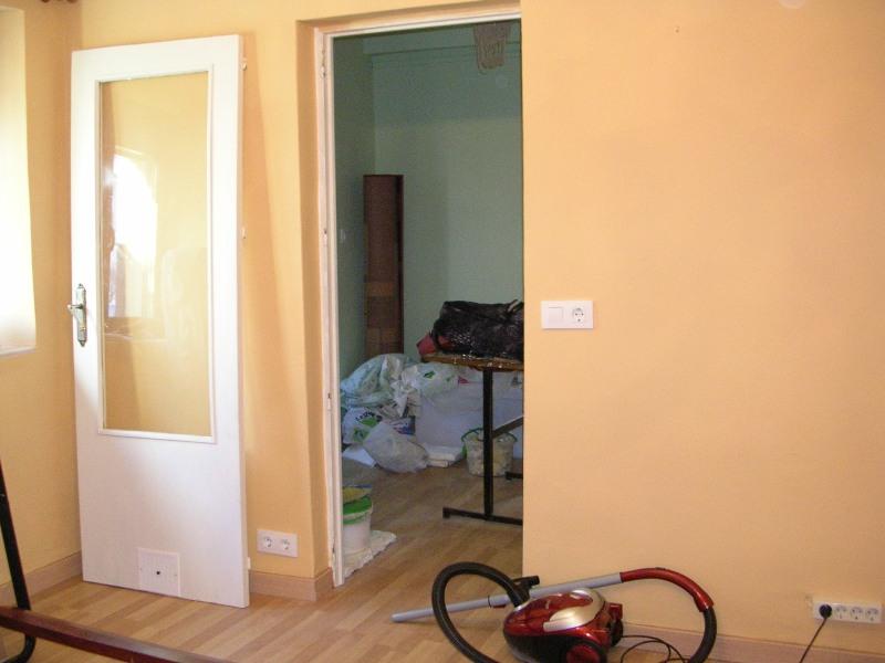 El dormitorio de eva for Pintura color ocre