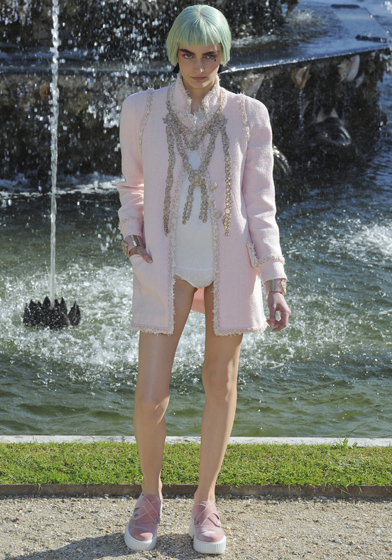Fashion is my way: From Chanel to Versailles, Cruise ...