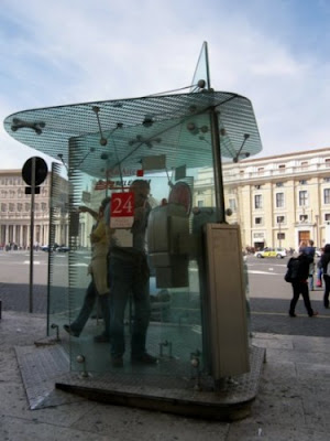 18 Creative and Unusual phone Booths (27) 10
