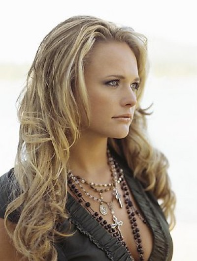 Miranda Lambert Hot Photos
