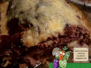 Rolo de Carne Recheado com Presunto, Queijo e Bacon