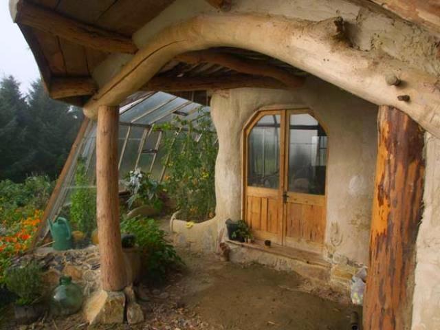 casa hobbit de simon dale huerto