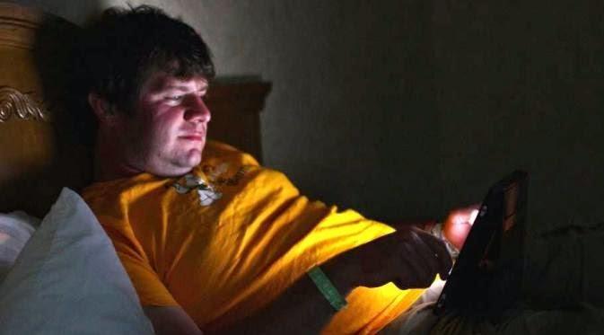 Cari Tahu Kenapa Dilarang Bawa iPad ke Tempat Tidur!