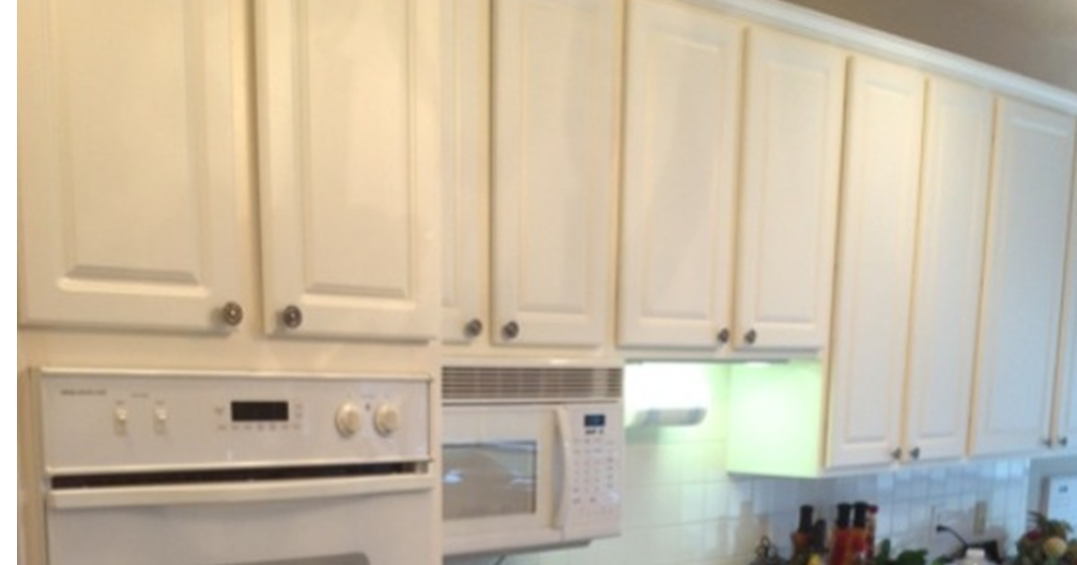 The ragged wren painting laminated cabinets for Plastic laminate kitchen cabinets