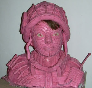 gum sculpture soldier