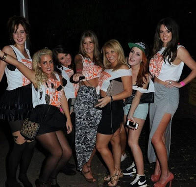 Manchester students pimps and hoes themed bar crawl damn cool