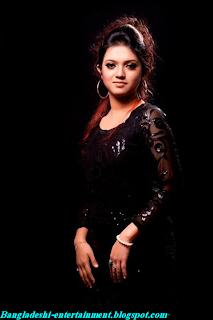 Bangladeshi Singer Kornia Picture