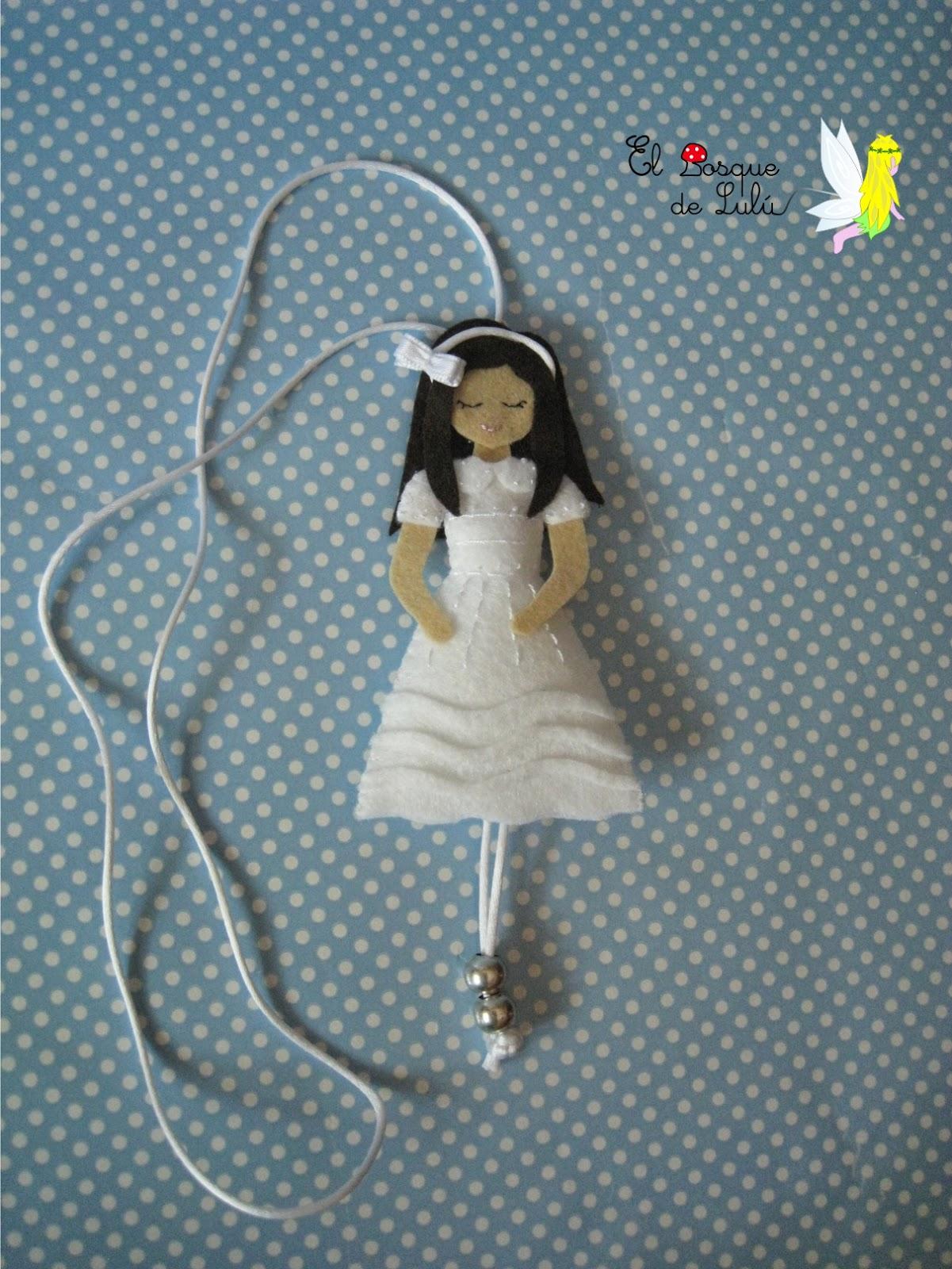 comunión-fieltro-collar-personalizado-muñeca