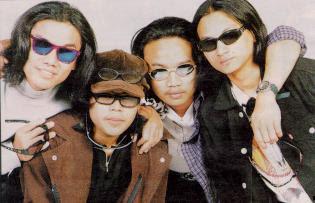 Budak Kacamata - Bintang MP3