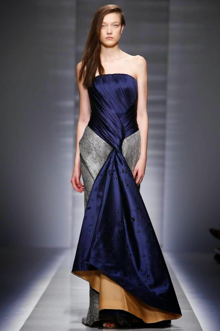Vionnet-Couture-Fall-Winter-2014-2015, Vionnet-Couture-Fall-Winter-2014, Vionnet-Couture-Fall-Winter-2015, Vionnet-Couture-2014-2015, Vionnet-Couture-2014, Vionnet-Couture-2015, Vionnet-Haute-Couture, Vionnet-Hussein-Chalayan, Hussein-Chalayan, du-dessin-aux-podiums, dudessinauxpodiums, robe-cocktail, robes-de-soiree, robe-soirée, robe-mariée, robe-été, robes-de-cocktail, womens-robe, petite-robe-noire, robe-blanche, robe-bustier, robe-de-bal, robe-portefeuille, robes-cocktail, robes-de-mariage, robe-soire, robe-de-demoiselle-d-honneur, robe-de-soirée-pour-mariage