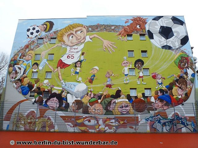 berlin, streetart, graffiti, kunst, stadt, artist, strassenkunst, murals, werk, kunstler, art, wm 2014