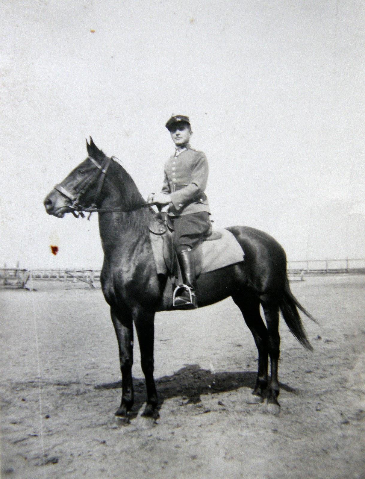 Janusz Malanowicz, lata trzydzieste (?) XX wieku. Foto. udostępniła Małgorzata Malanowicz.