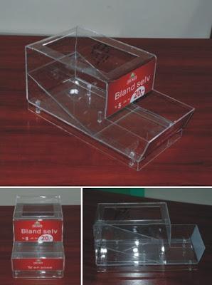 pojemnik z plexi (podajnik do sypkiego towaru)