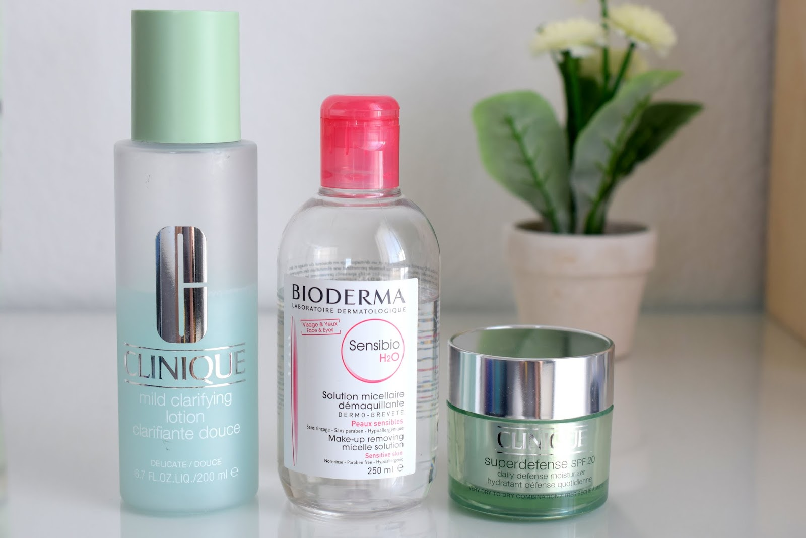 Beauty Favoriten im März: Clinique Mild Clarifying Lotion und Superdefense, Bioderma Sensibio