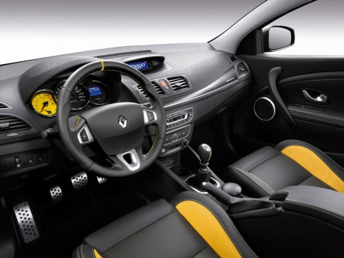 car on Renault Mégane RS 2014