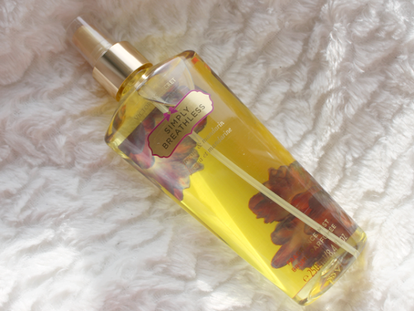 Victoria's Secret Body Splash - Simply Breathless.