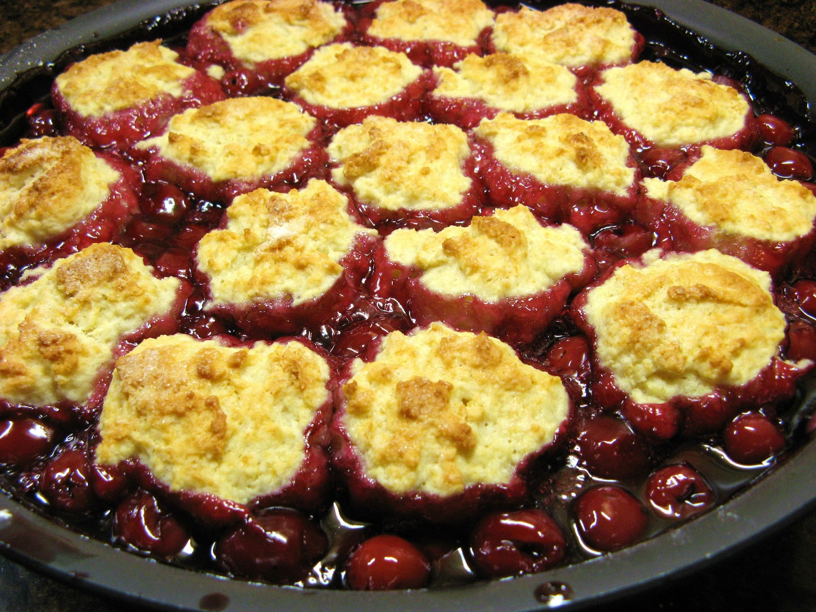 The Well-Fed Newlyweds: Cherry Cobbler