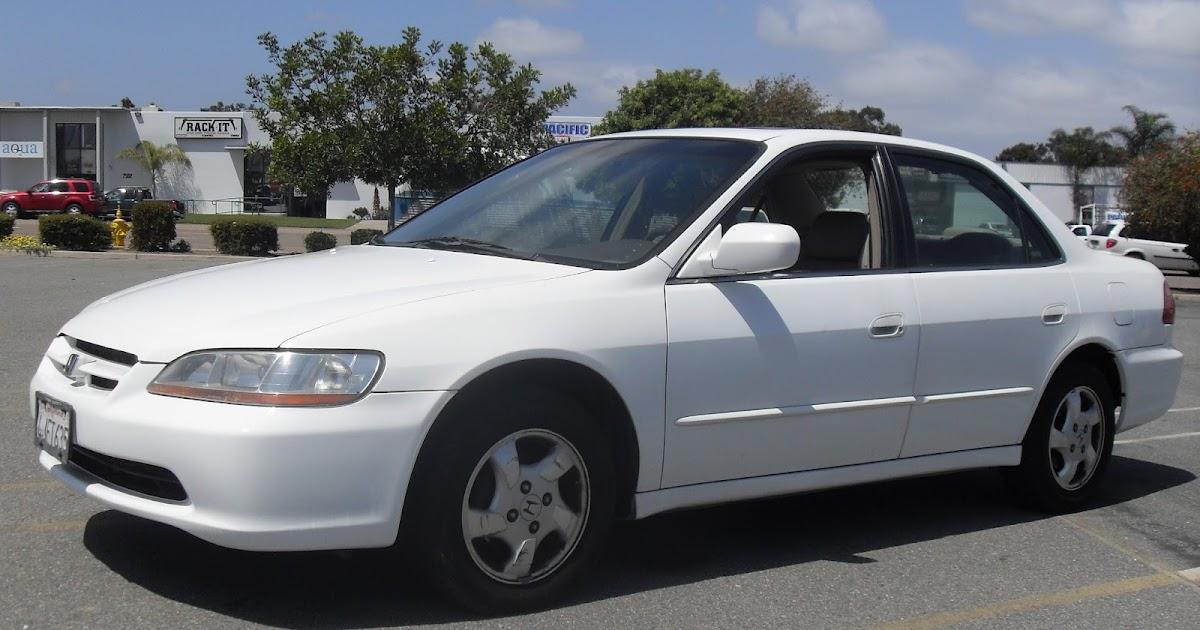 T Tak Auto Service 2000 Honda Accord Ex White