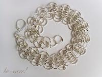 ręcznie robiona bransoletka chainmaille widoczny splot