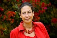 Author Hannah Fielding