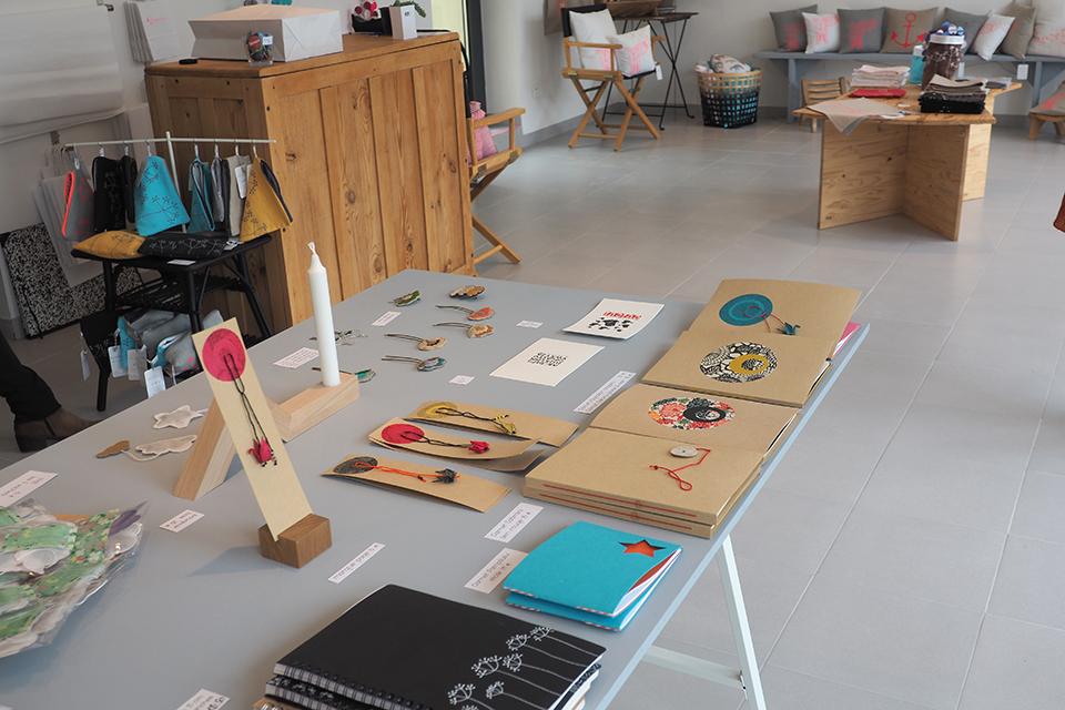 bidouill par lili du c t de l 39 atelier joli shop cr ateurs les miniboux. Black Bedroom Furniture Sets. Home Design Ideas