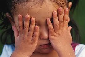 http://4.bp.blogspot.com/-FYvYTYmqmoE/UDS2vkIlbEI/AAAAAAAAC3A/tjcNtE24W5g/s1600/enfant+triste+2.jpeg