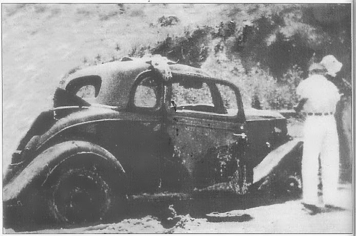 Burned Barrow Gang car/ after Wellington accident