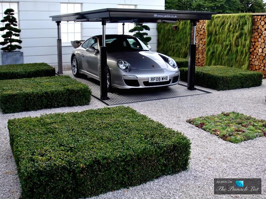 まるで秘密基地?地面と一体化する地下駐車システムがスゴい!