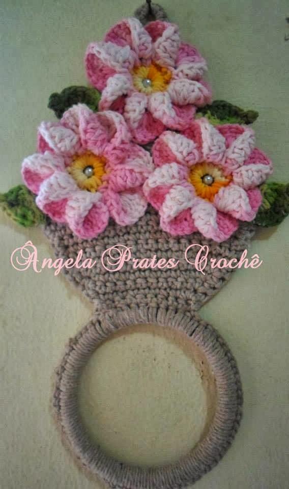 Prates Croche: Tapete franja e porta pano de prato vaso de flores