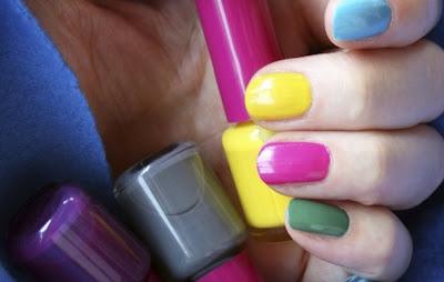 como pintar uñas