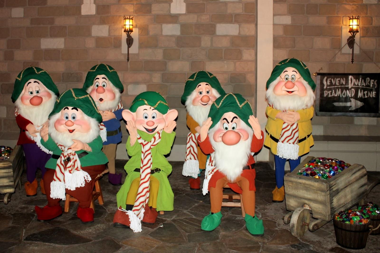 mickeys very merry christmas party - Disney Christmas Party 2015