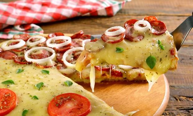 #receita de #pizza com #massa de #paodequeijo
