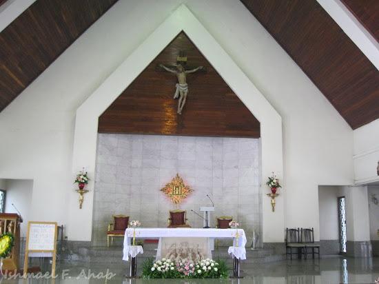 Altar of Rangsit Catholic Church