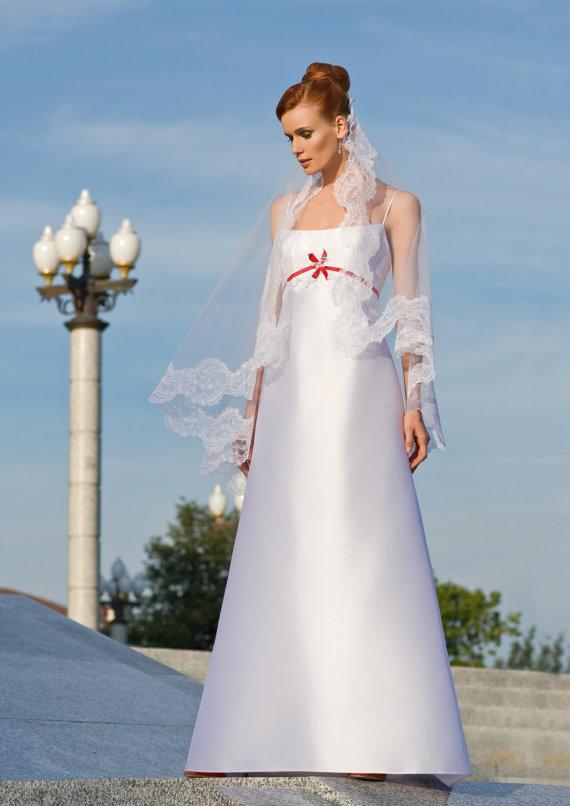 BRIDE CHIC: 10/1/11 - 11/1/11