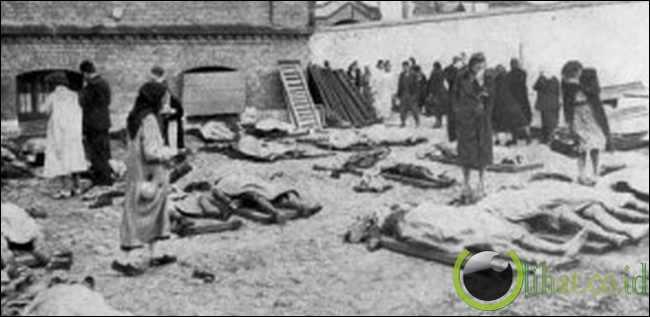 Pembantaian Tawanan NKVD