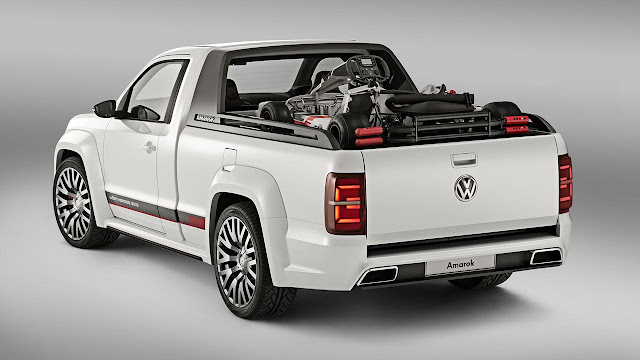 Volkswagen's V6 TDI Power-Pickup Amarok Concept rear