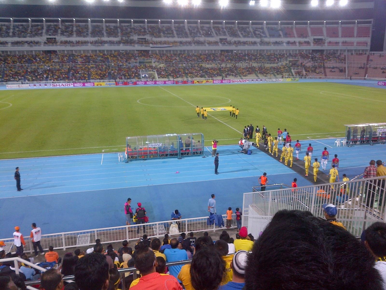 http://4.bp.blogspot.com/-F_pS6XGV_yM/UO57aUC8VXI/AAAAAAAADOk/H2SB7-vx814/s1600/Liga+Super+-+Pahang+vs+Johor+Darul+Takzim+FC2.jpg