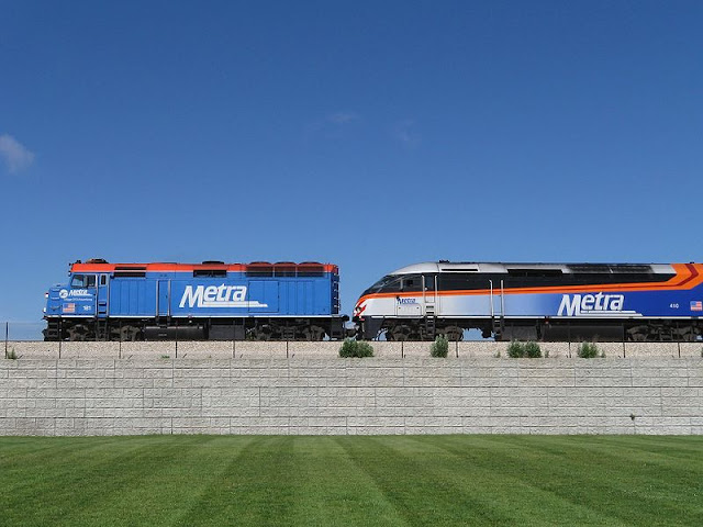 Gambar Kereta Api Lokomotif Diesel 10