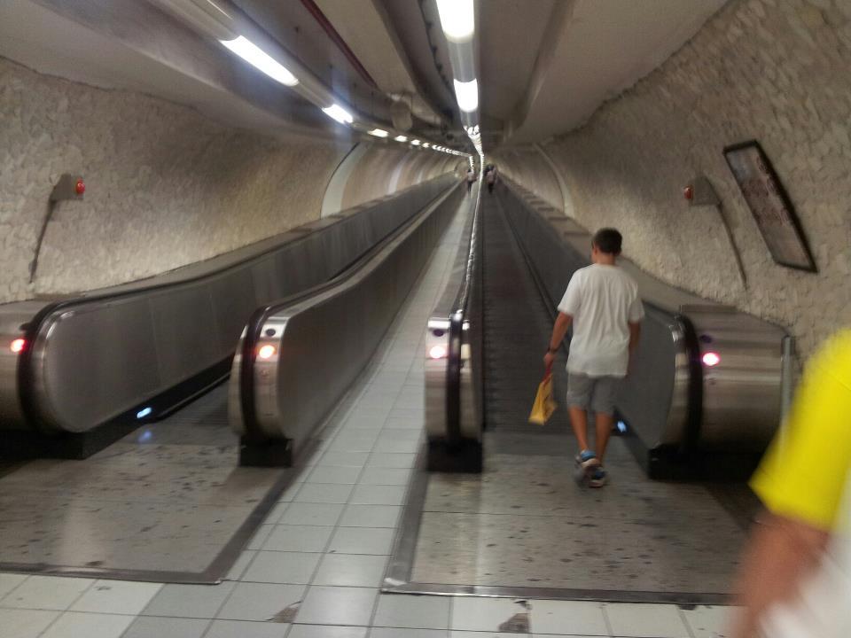 Uscita Metro Spagna Villa Borghese