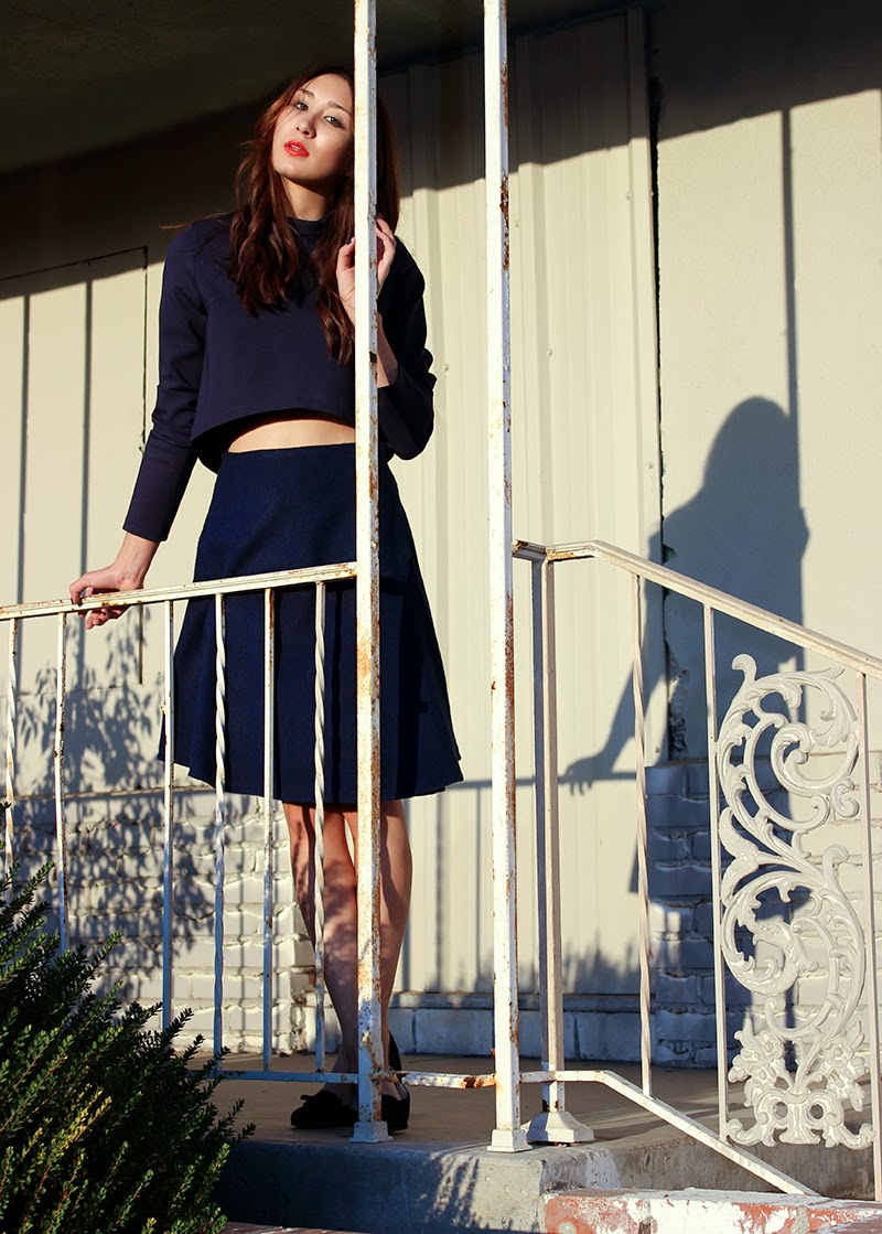Alyssa Nicole, Alyssa Nicole Fall 2014, street style, blue skirt, navy aline skirt, aline skirt, wool skirt, wool aline skirt, crop top, cropped turtle neck, turtle neck top, sf style, couture, how to wear an aline skirt,