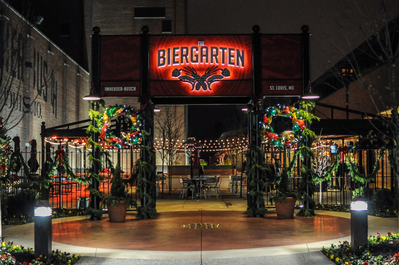 anheuser busch st louis brewery holiday lights