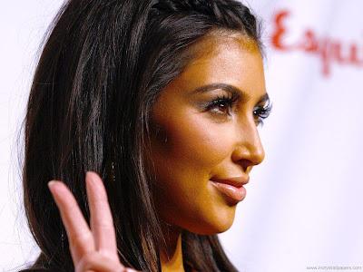 Kim Kardashian Glamor Photo Shoot